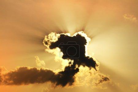 Photo pour Coucher de soleil Skyscape comme fond - image libre de droit