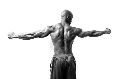 Photo pour Homme de condition physique tonique et déchiré le muscle maigre isolé sur fond blanc en haut contraste noir et blanc. - image libre de droit