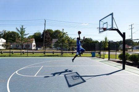 Basketball Dunker Flying
