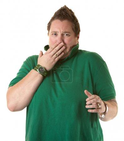 Photo pour Femme caucasienne choquée avec la main sur la bouche - image libre de droit