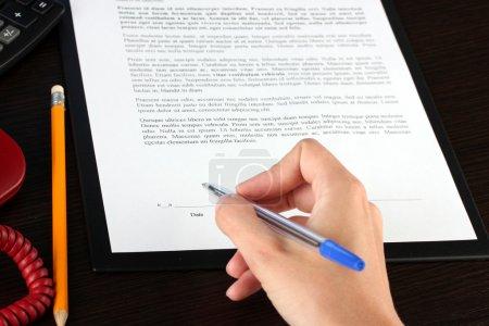 Foto de Firma de un primer plano del Tratado - Imagen libre de derechos