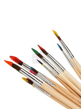 Photo pour Brosses à peinture avec gouache isolées sur blanc - image libre de droit