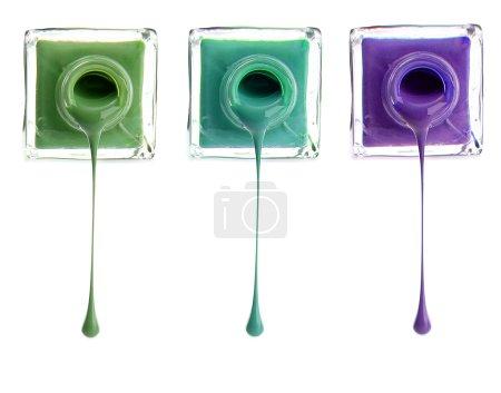 Photo pour Vernis à ongles couleur isolé sur blanc - image libre de droit