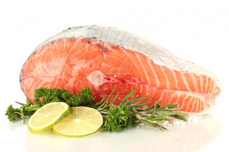 Photo pour Bifteck de saumon frais, isolé sur blanc - image libre de droit