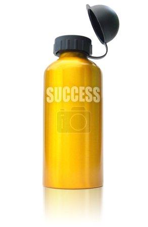 """Photo pour Succès """"remède"""" mis en bouteille dans un récipient en or - image libre de droit"""