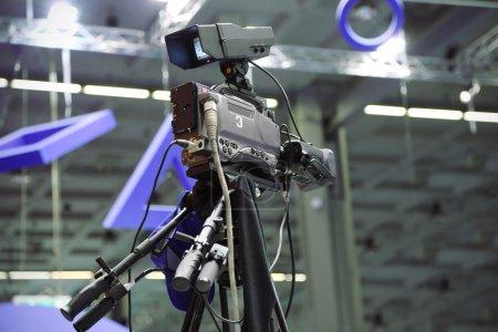 Videocamera in televison studio