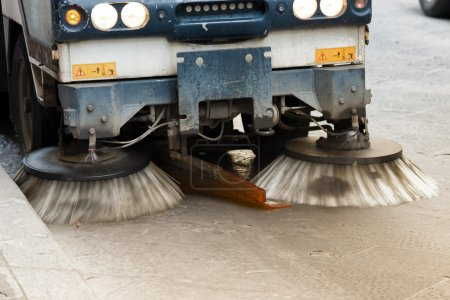 Street Sweeper cleaning