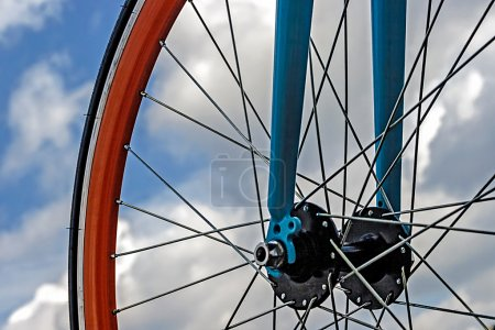 Bicycle wheel. Detail 19