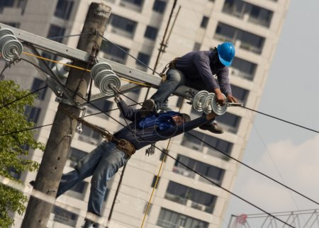 High voltage electric wire