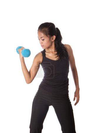 Photo pour Entraîneur féminin dans une pose de combat et de l'exercice - image libre de droit