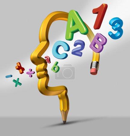 Photo pour Concept d'apprentissage et d'éducation d'école avec un crayon jaune sous la forme d'une tête humaine avec symboles de lecture et en mathématiques qui traverse la région du cerveau sous forme d'icône de créatif de leur développement et étudiant l'accomplissement. - image libre de droit