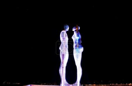 Statues de Ali et Nino