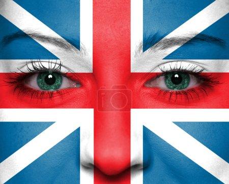 Photo pour Drapeau peint sur le visage - Angleterre - image libre de droit