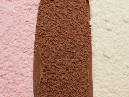 Photo pour Crème glacée napolitaine - image libre de droit