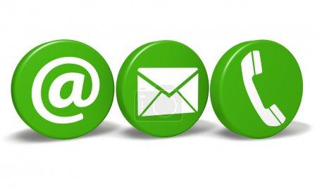 Photo pour Site Web et Internet nous contacter concept avec e-mail, at et des icônes téléphoniques et symbole sur trois boutons ronds verts isolés sur fond blanc . - image libre de droit