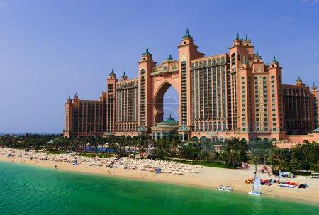Photo pour L'extérieur de Atlantis The Palm, Dubaï - image libre de droit