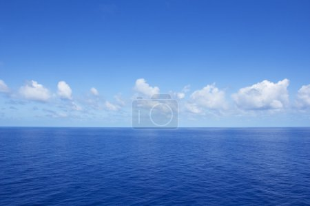Photo for Calm vibrant blue ocean - Royalty Free Image