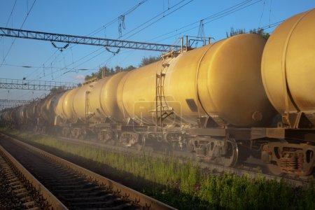 Photo pour Réservoirs de carburant - image libre de droit
