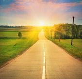 route en plein soleil