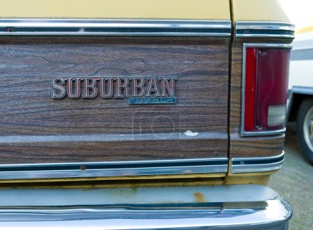 Photo pour Détail d'une voiture de suburban de chevrolet - image libre de droit