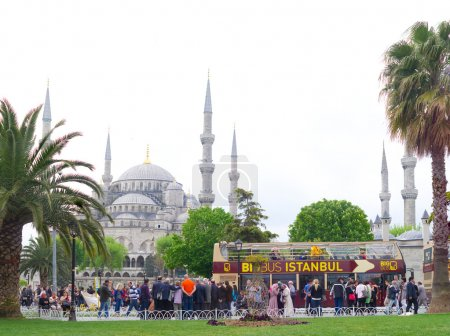 tourist bus in istanbul