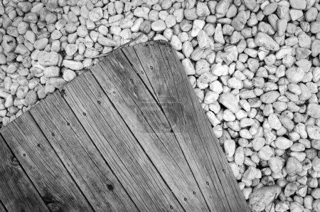 Photo pour Bois et pierre de fond avec espace de copie - image libre de droit