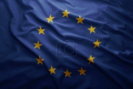 Photo pour Drapeau de l'union européenne coloré ondulant - image libre de droit
