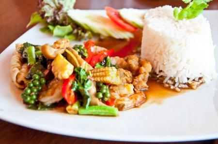 Thai food call KHAO PUD KEEMAO TA LE