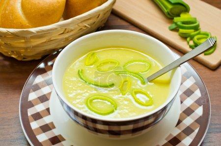 Fresh leek soup