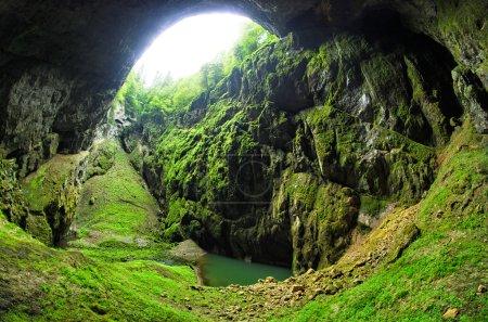 Photo pour Grotte Punkevni à Moravian Kras, République tchèque - image libre de droit