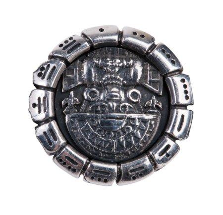 Photo pour Médaillon comme symbole de Maya sur fond blanc - image libre de droit