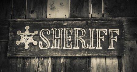 Photo pour Shérif signe - style de ville de cowboy - image libre de droit