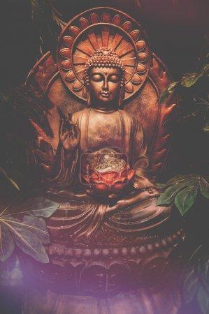 Photo pour Statue de Bouddha - image libre de droit