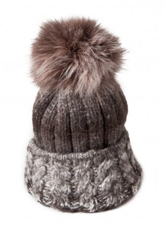 knitted hat with fur bubo