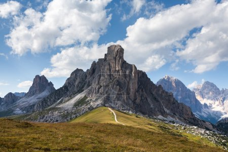 Photo pour Passo giau - dolomites - Italie - image libre de droit