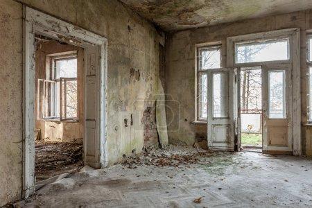 Photo pour Le bâtiment Masonic Lodge en ruines, Gdansk - Pologne . - image libre de droit