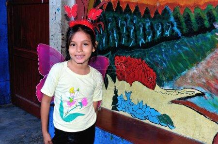 Photo pour Journée mondiale de la milieu - école alban silfo à iquitos. Département de loreto .peru - image libre de droit