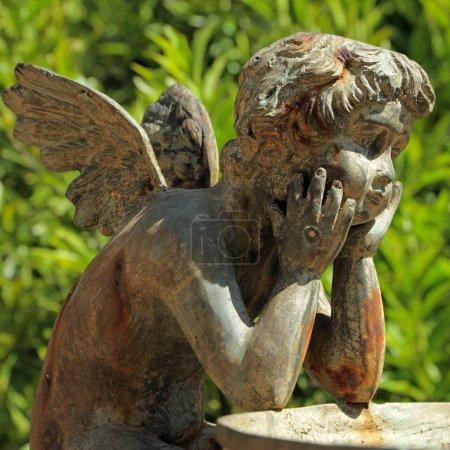 sculpture en bronze d'ange