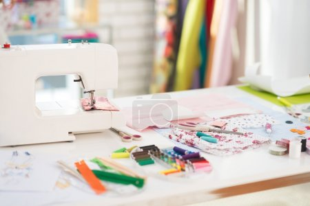 Table of seamstress