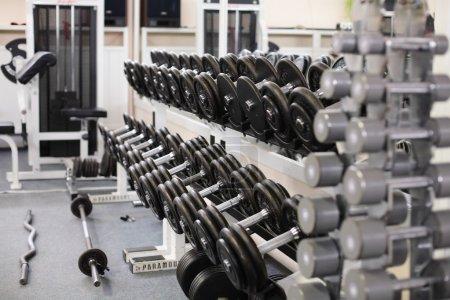 Foto de Poco utilizado gimnasia del deporte europeo sin gente - Imagen libre de derechos