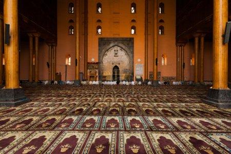 Srinagar Main Mosque Prayer Hall Praying H