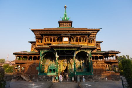 Muslims Women Enter Shah E Hamdan Wooden Mosque