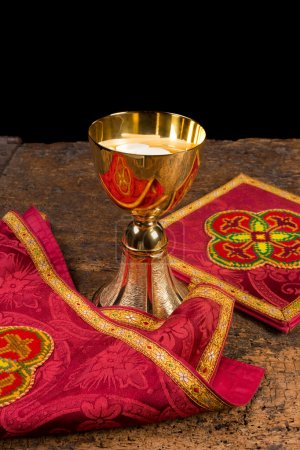 Chalice with vestment set