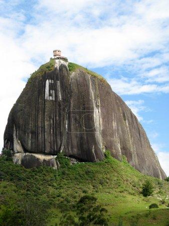 Photo pour Rocher Guatape, Antioquia (Colombie) ) - image libre de droit