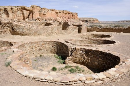 Pueblo Bonito ruins, Chaco Canyon, New Mexico (USA...