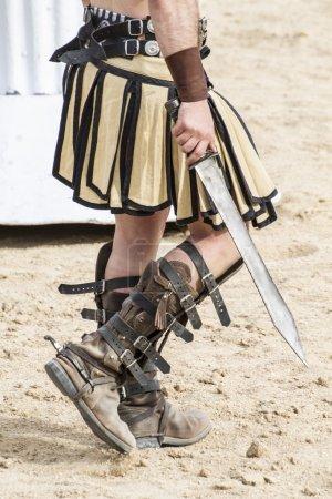 Photo pour Combat de gladiateurs dans l'arène du cirque romain - image libre de droit