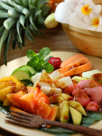 Traditional fruit salad dish commonly found in Indonesia