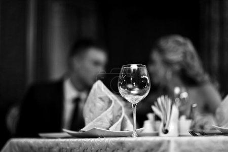 Photo pour Table de restaurant, banquet - image libre de droit
