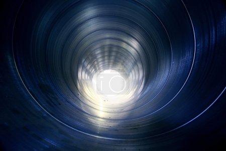 Photo pour Texture métallique tuyau à l'intérieur - image libre de droit