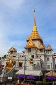 Wat Traimit temple